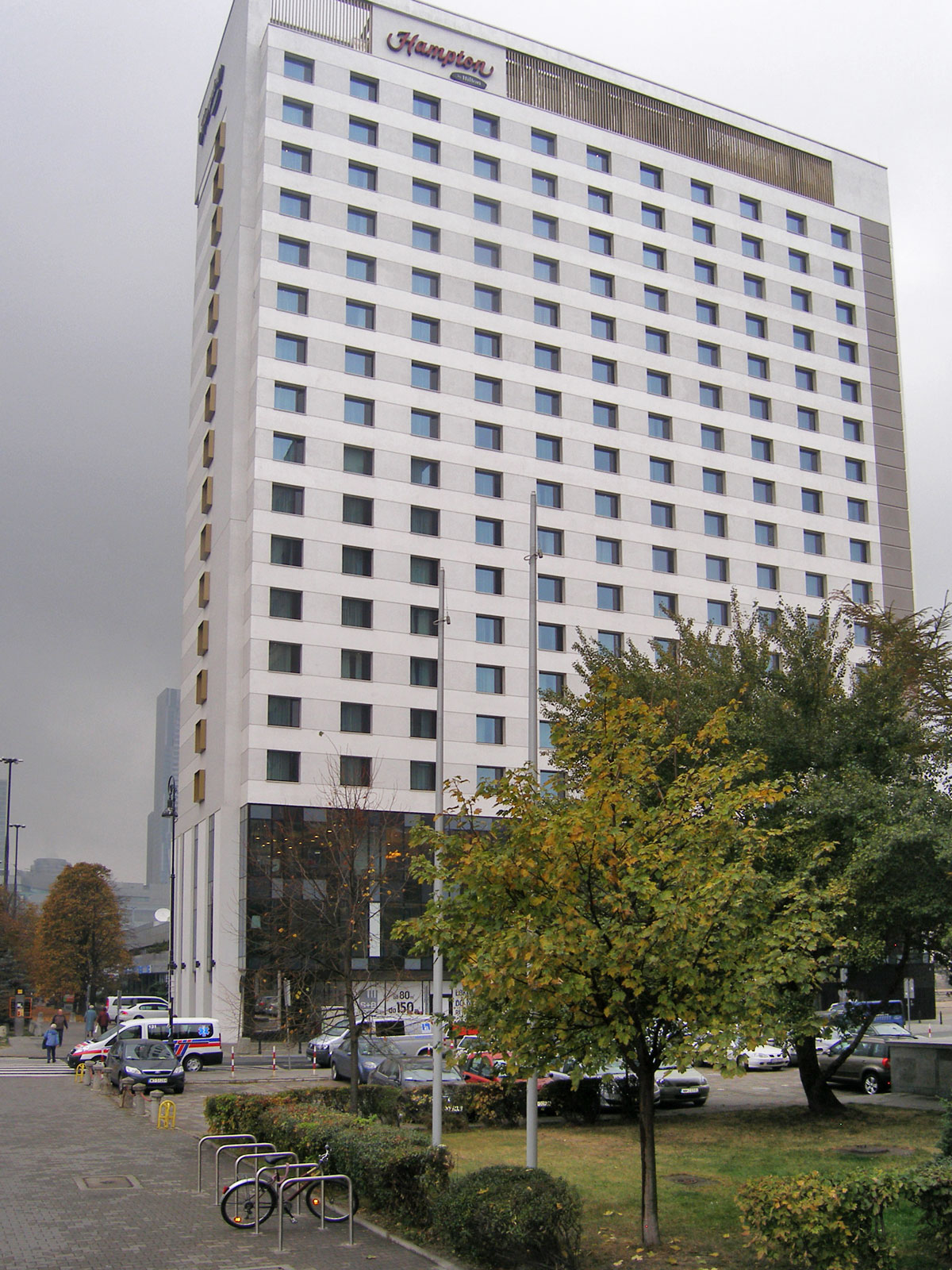 Hotel Hilton 01